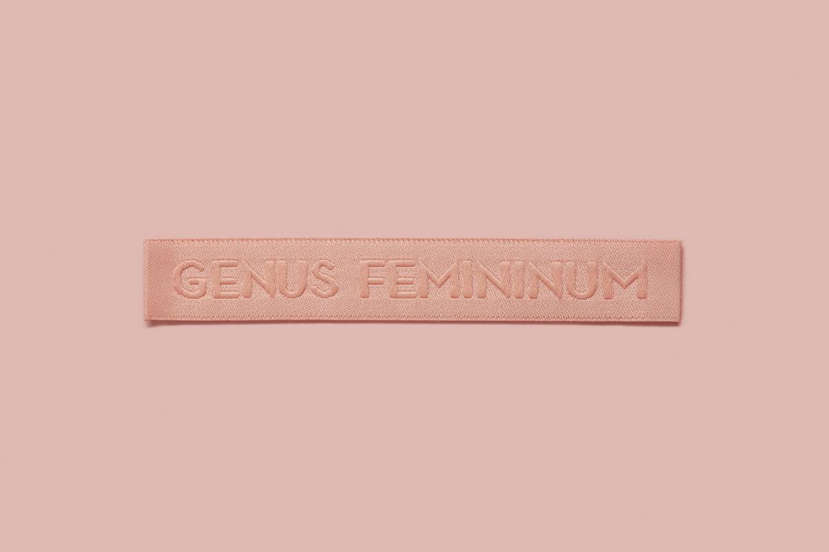 Genus Femininum2125